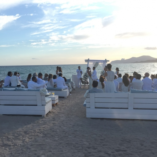 Matrimonio Spiaggia Ibiza : Matrimonio sulla spiaggia ibiza cap de falco