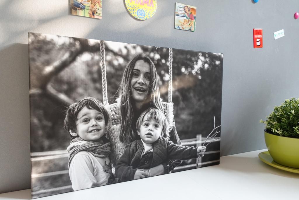 Come decorare e arredare con le foto una parete di casa for Arredare con fotografie